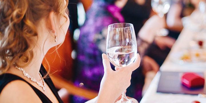 6 Razones por las que las bodas son el lugar perfecto para conocer a alguien
