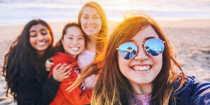 8 aplicaciones que son como la yesca para los amigos
